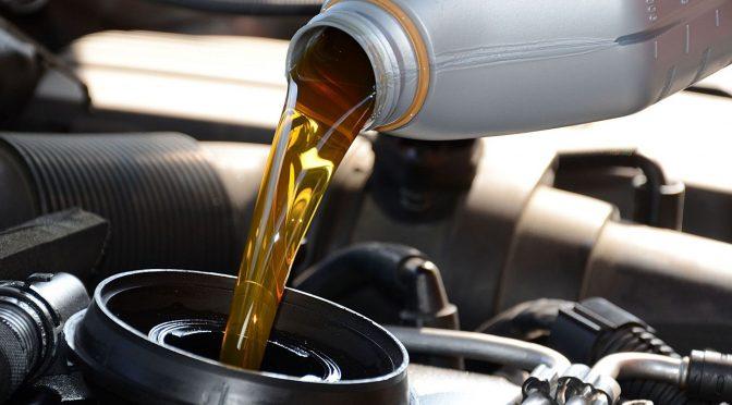 penggunaan oli cair
